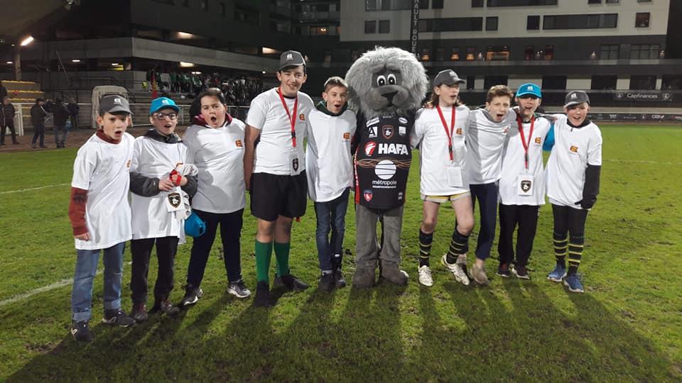 Read more about the article 03/03/2019 – Nos jeunes au stade Mermoz avec le RNR